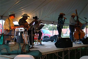AFCC-Cowboy-Gathering-with-The-Boys-in-the-Bunkhouse-Leon,-Bager-&-Gary